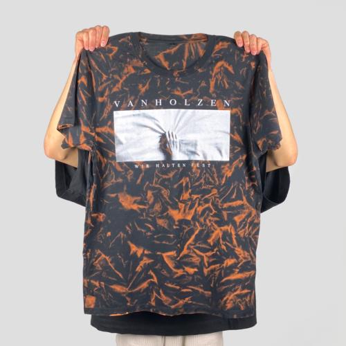Upcycled Batik Shirt Ansicht von Vorne